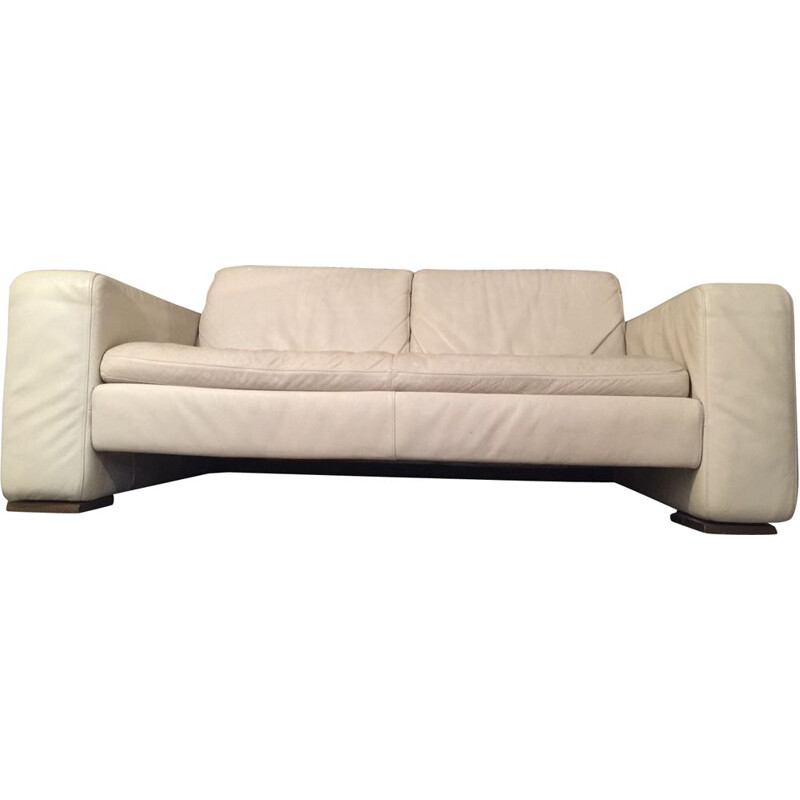 Vintage white cream sofa by Natuzzi Italy