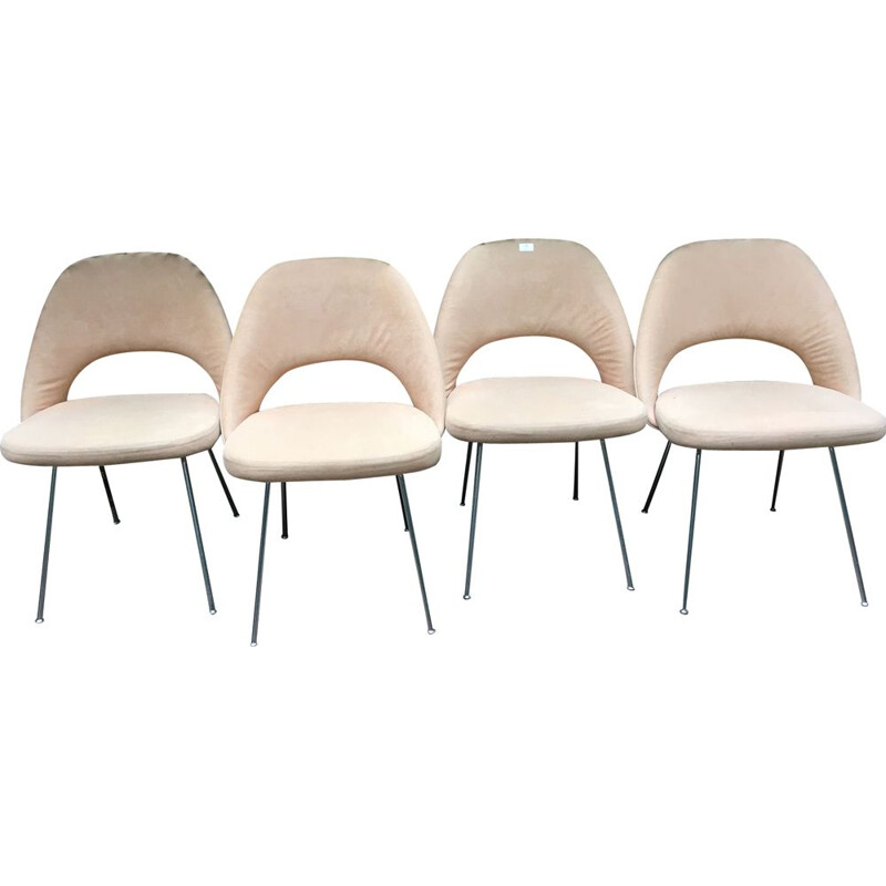 Set of 4 vintage chairs by Eero SAARINEN, 1957