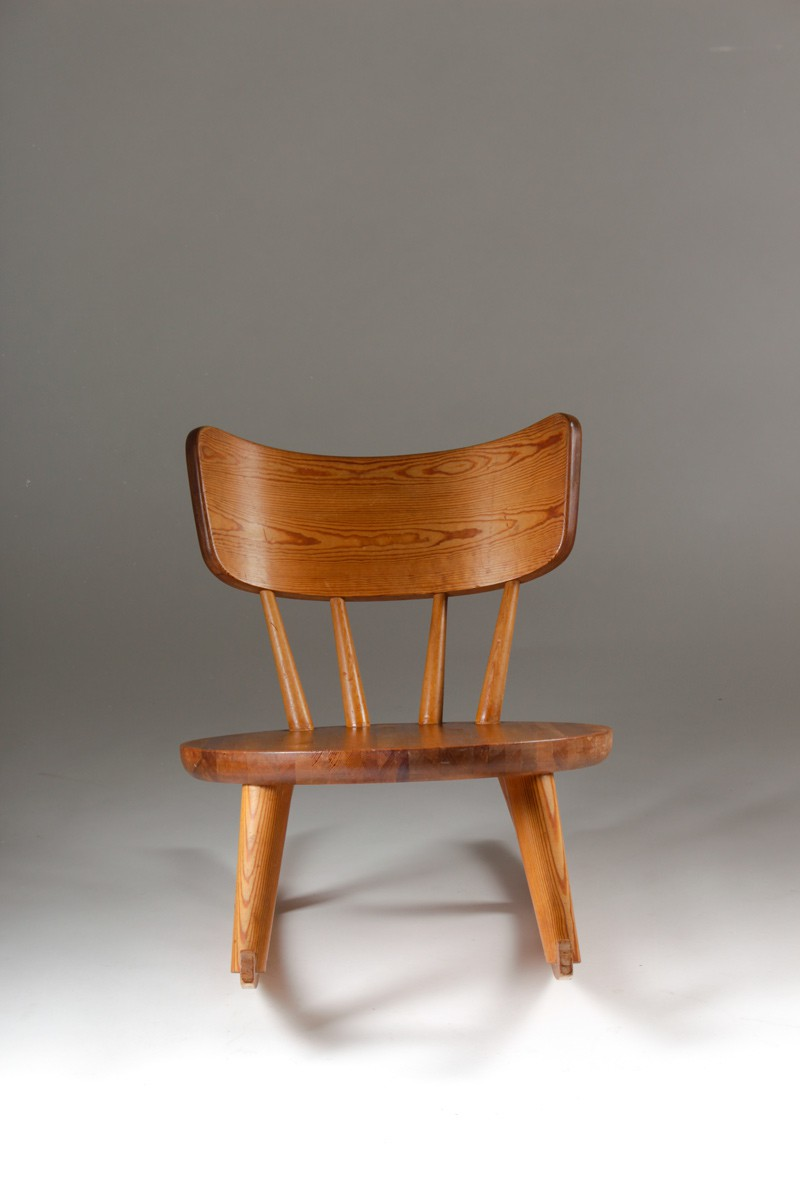 Swedish Rocking Chair In Pinewood And Sheepskin 1940s