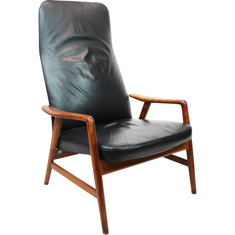 Vintage wood and black leather armchair by Alf Svensson and Fritz Hansen, 1960s