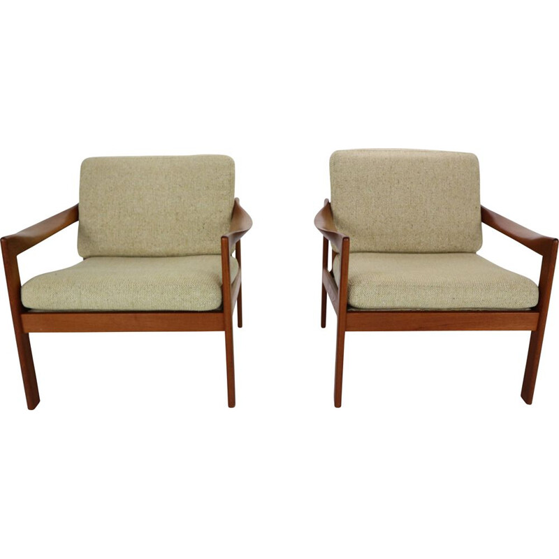 Pair of teak lounge chairs by Illum Wikkelsø for Niels Eilersen, Denmark, 1960