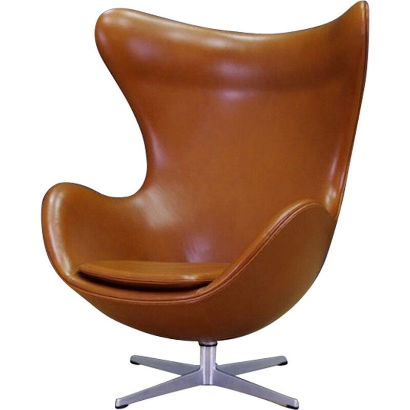 "Vintage ""Egg Chair""  in cognac elegance leather by Arne Jacobsen"