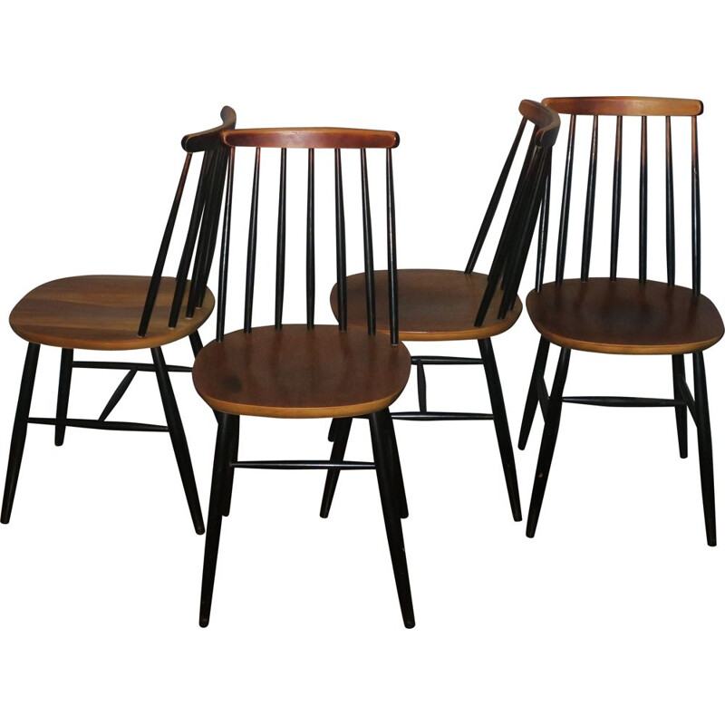 Vintage set of 4 Ercol ebonized stickback chairs 1950s