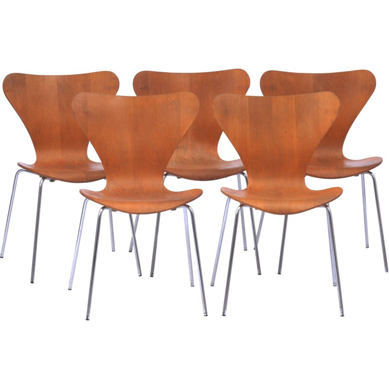 Set of 5 vintage Butterfly chairs series 7 by Arne Jacobsen