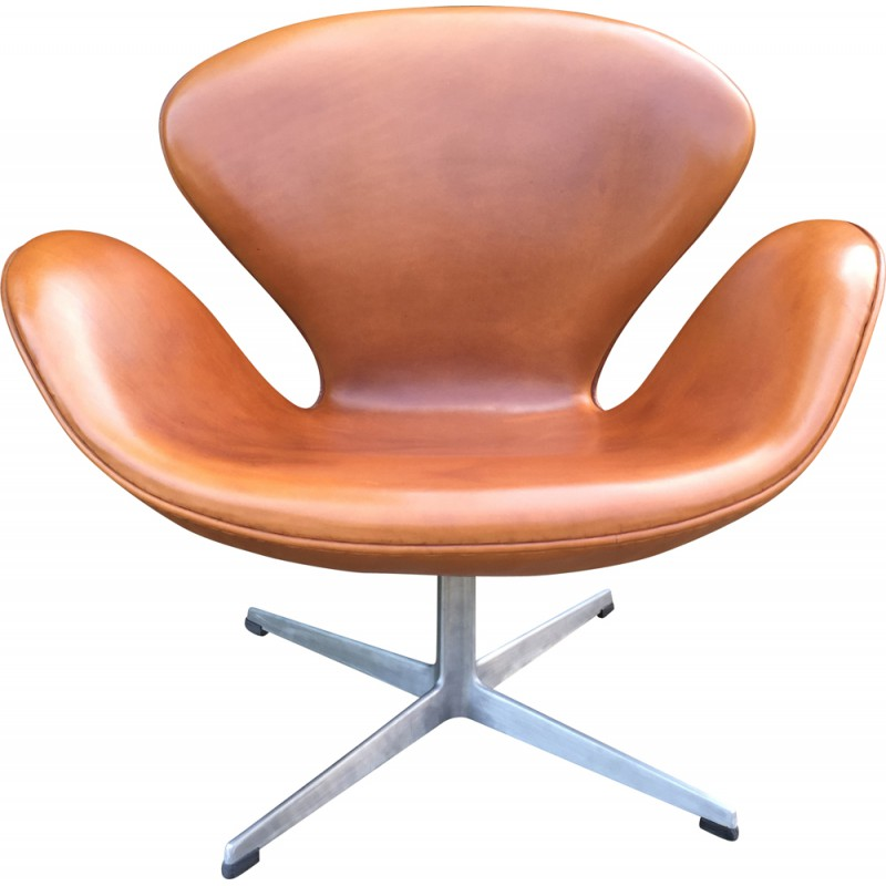 Cognac Leather And Aluminum Swan Armchair Arne JACOBSEN 1960s