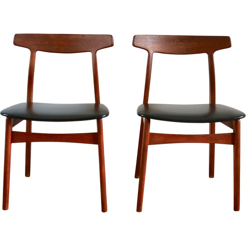 Pair of Scandinavian teak chairs by Henning Kjaernulf