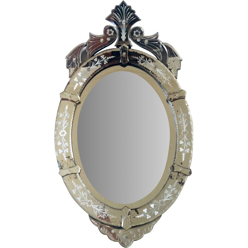 Vintage Venetian mirror in bevelled glass and chiseled details