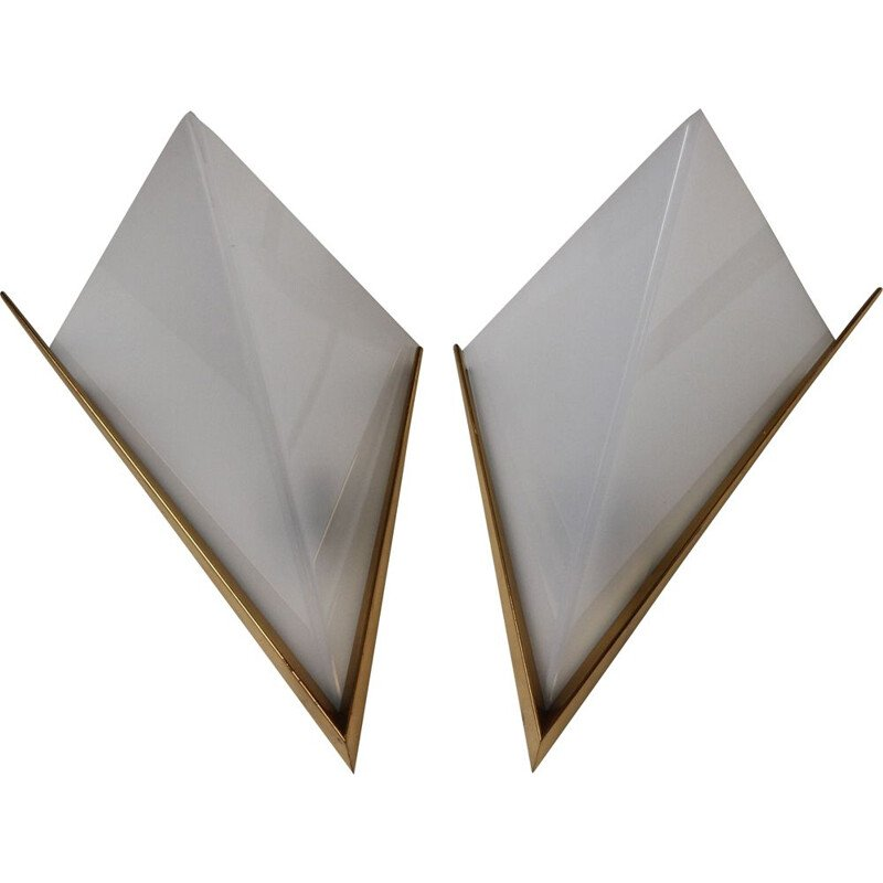 Pair of vintage sconces in brass and lucite 1960s