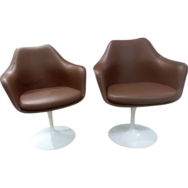 Pair of vintage tulip leather armchairs Knoll Eero Saarinen 1956
