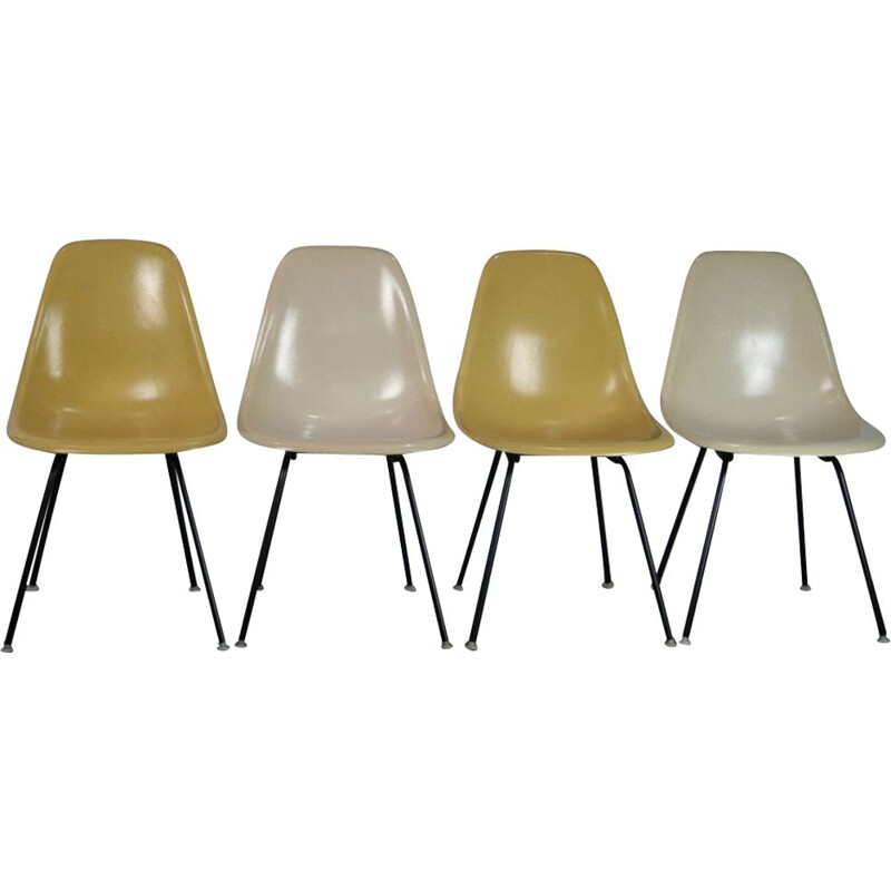 Series of 4 vintage DSX fiberglass chairs by Charles & Ray Eames for Herman Miller