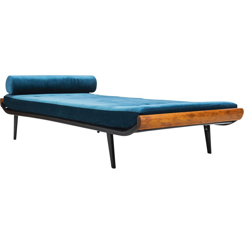 Vintage daybed Cleopatra by Dick Cordemeijer for Auping