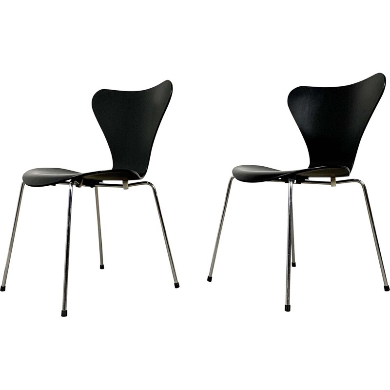 Pair of vintage Butterfly Chairs by Arne Jacobsen for Fritz Hansen, 1960