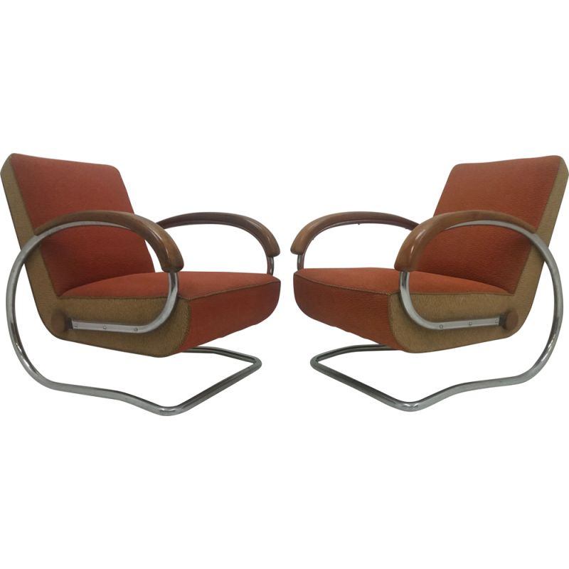 Pair of vintage armchairs model H221 by Jindřich Halabala