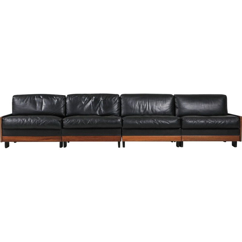 "Vintage ""920"" black leather sofa by Afra & Tobia Scarpa for Cassina, 1970s"