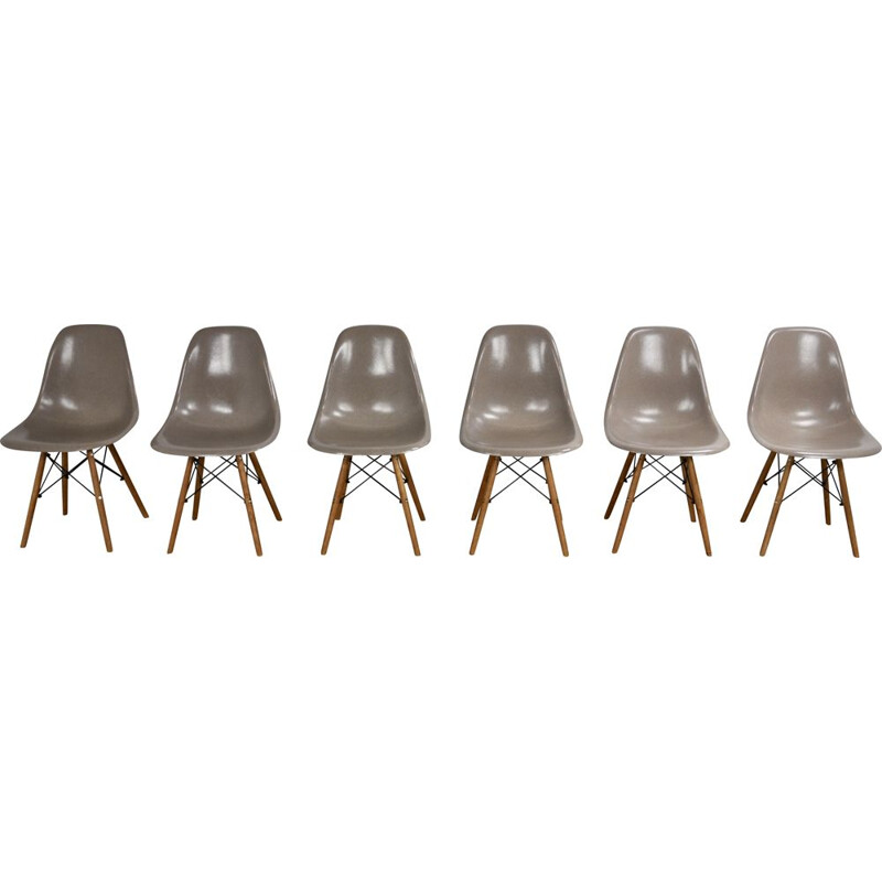 Vintage set of 6 Charles&Ray Eames DSW chairs for Herman Miller, 1975