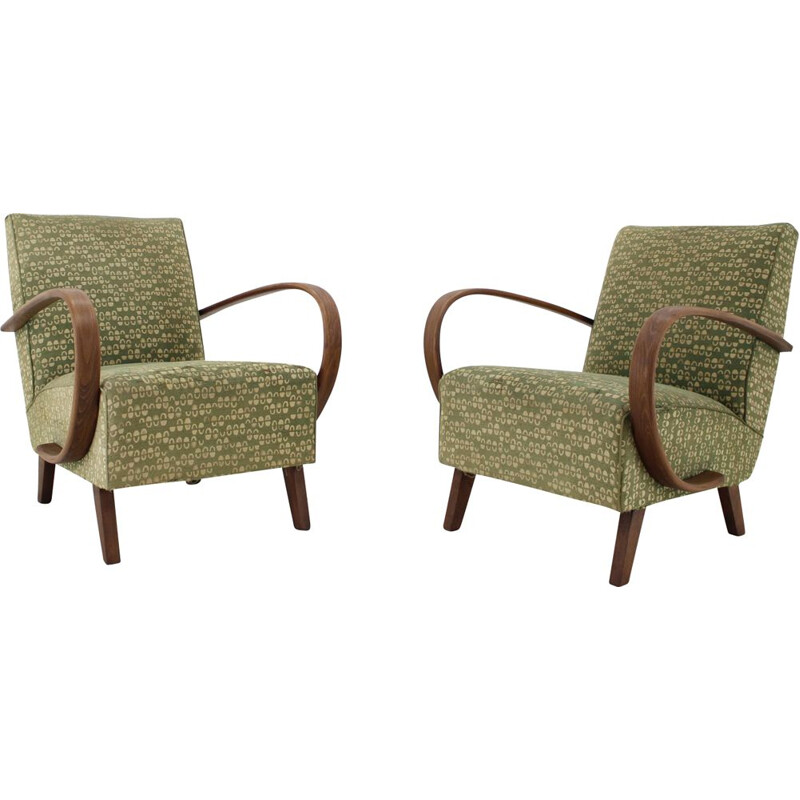 Vintage pair of armchairs by Jindřich Halabala, 1950