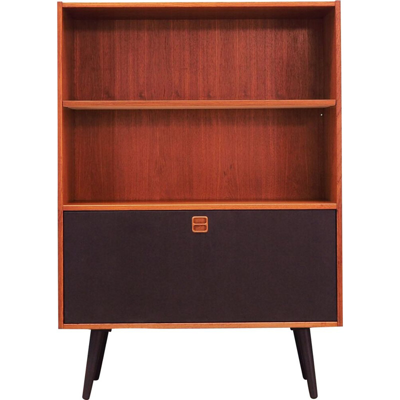 Bookcase Vintagefrom the 60s and 70s Danish style