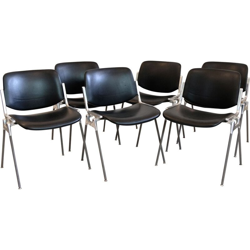 Suite of 6 DSC Axis 106 chairs, Giancarlo Piretti for Castelli, 1960s.