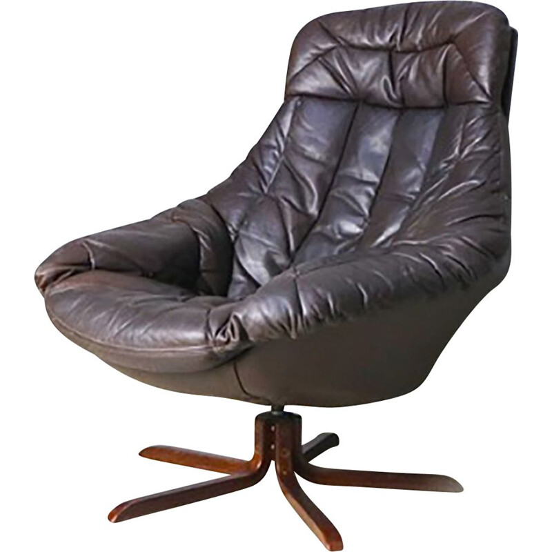 Vintage Danish brown leather swivel Lounge chair by H W Klein for Bramin