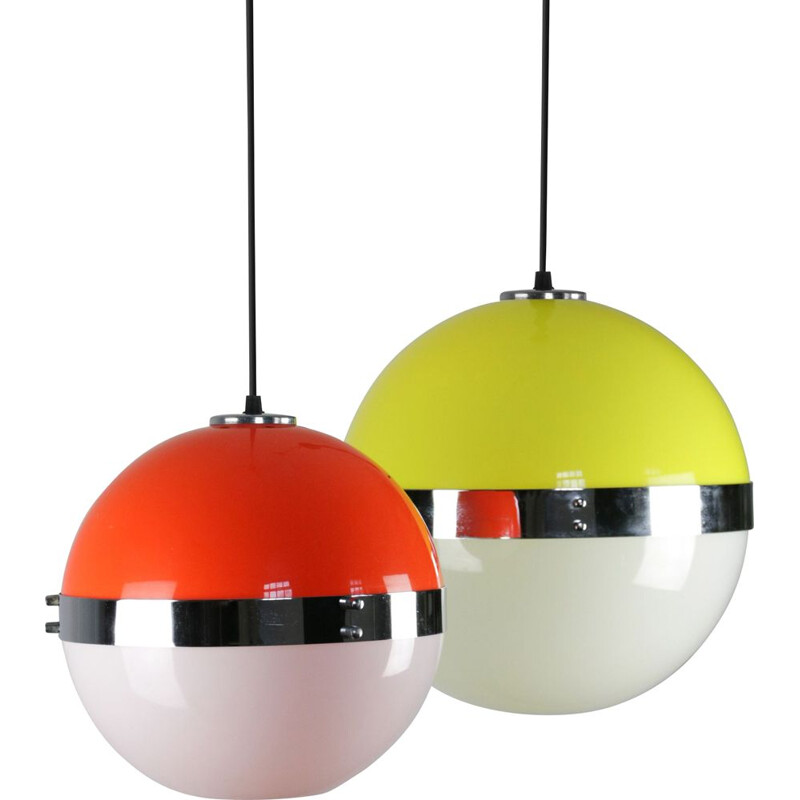 Set of 2 Vintage Space Age pendant lamps