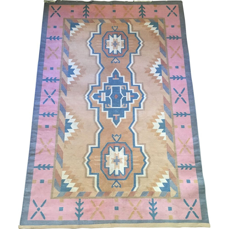 Tightly woven vintage cotton rug