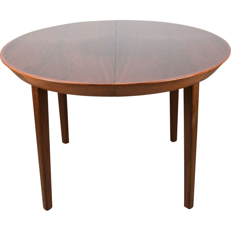 Dining table Vintage Danish extensible  in Rio Rosewood by Ole Hald