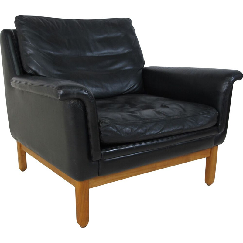 Scandinavian Teak and Black Leather Lounge Chair,Mid-Century 1950s