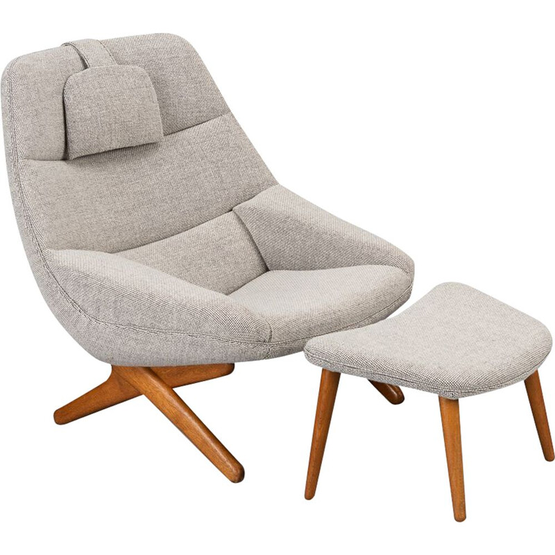 Vintage Lounge chair and pouffe set model ML-91by Illum Wikkelsø, Danish 1960