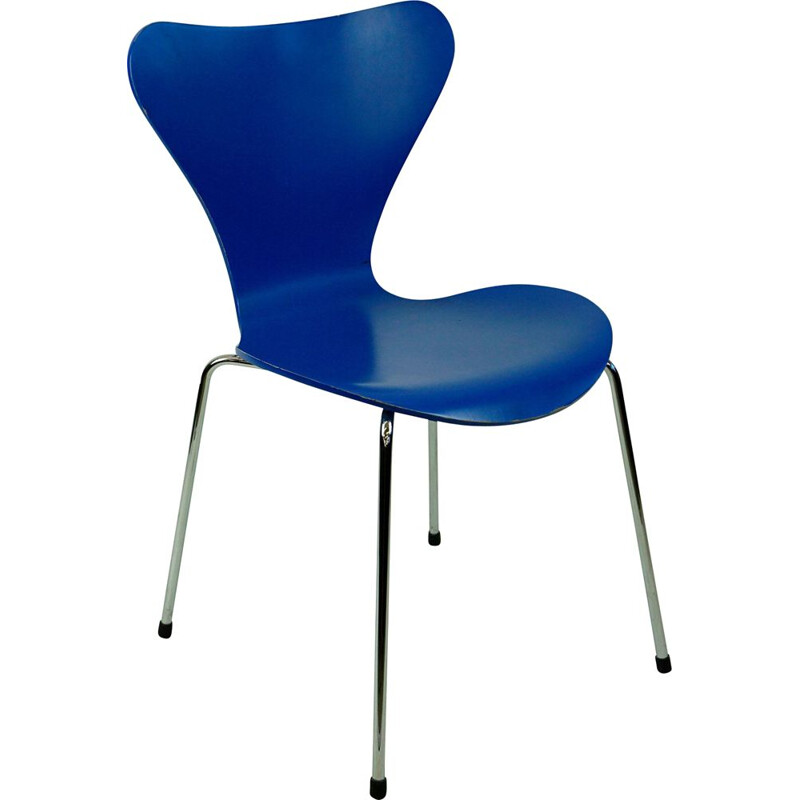 Chair vintage Blue lacquered Series 7 by Arne Jacobsen for Fritz Hansen