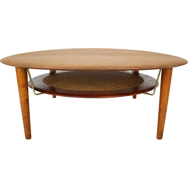 Vintage coffee table FD 515 round by Peter Hvidt and Orla Molgaard Nielsen for France and Son