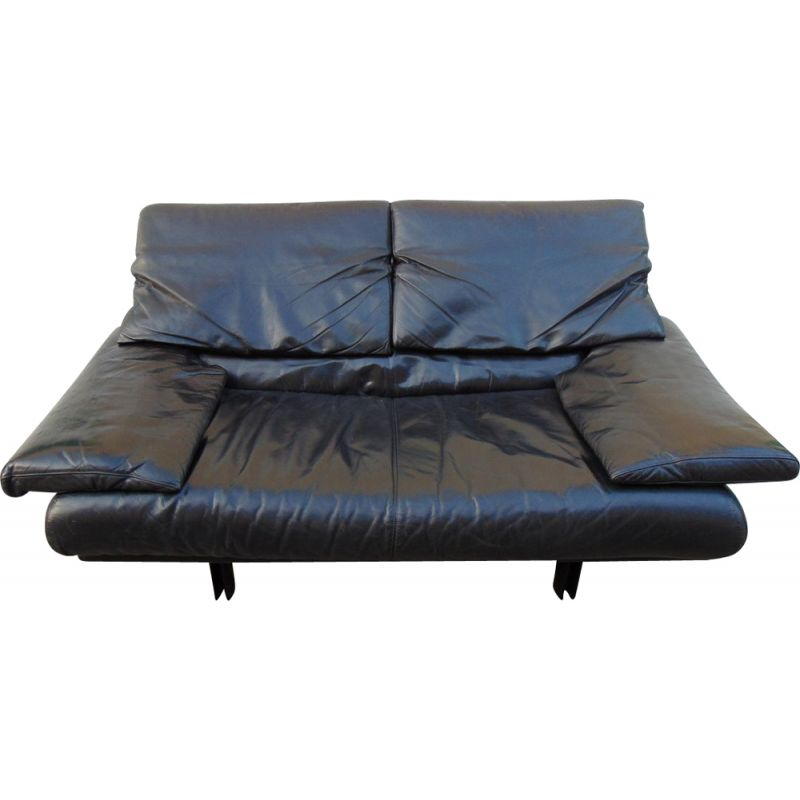 Vintage 2 seater leather sofa by Paolo Piva  B and B Italia
