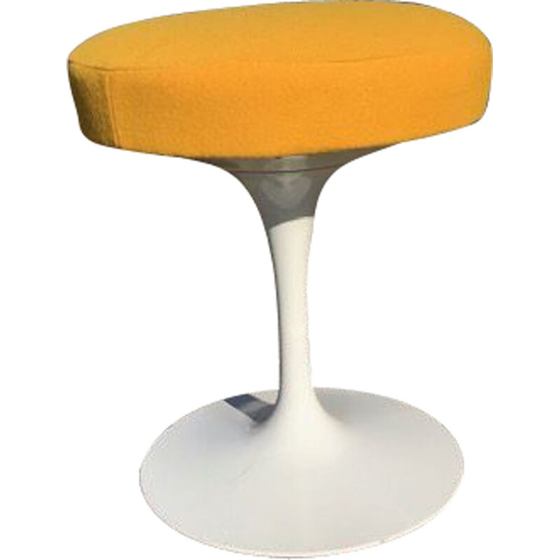 Vintage stool by Eero Saarinen