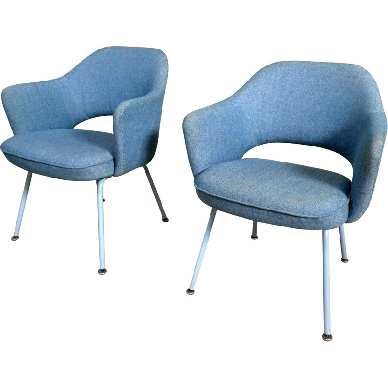 Pair of Eero Saarinen Vintage Conference armchairs for Knoll 1960