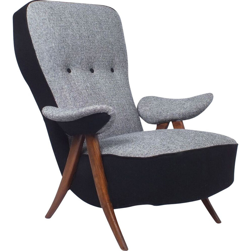 Vintage Armchair Model 107 with wooden hairpin legs by Theo Ruth Artifort