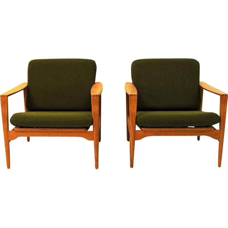 Pair of Midcentury easy chairs Èk' by Illum Wikkelsø for Niels Eilersen Danish 1960s
