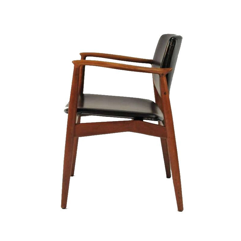 Vintage Model 67 Armchair in Teak and Leather, Orum Mobelfabrik Erik Buch 1960s