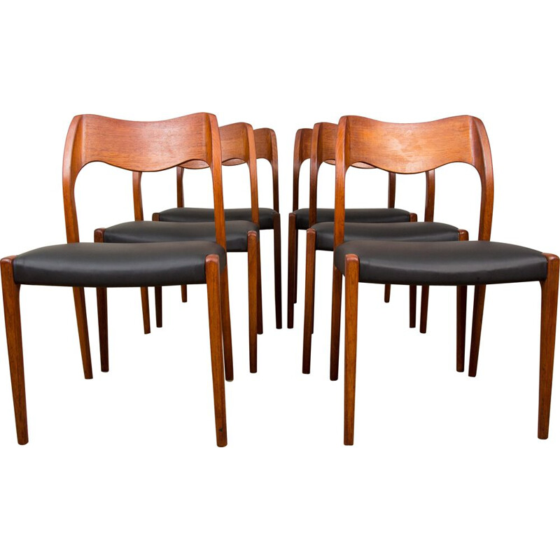 Set of 6 vintage teak and Skai chairs, model 71 by Niels.O.Moller
