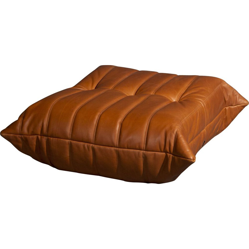 Vintage Ligne Roset Togo poof in cognac leather Tosca 1503