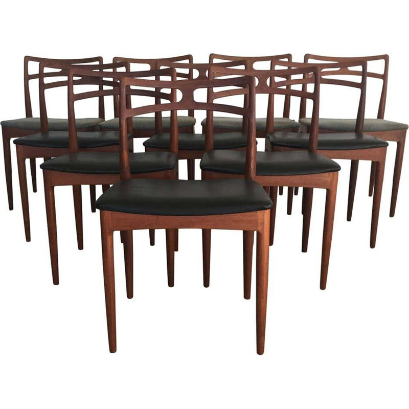 Set of 10 Johannes Andersen Dining Chairs in Teak, Inc. Reupholstery 1960s