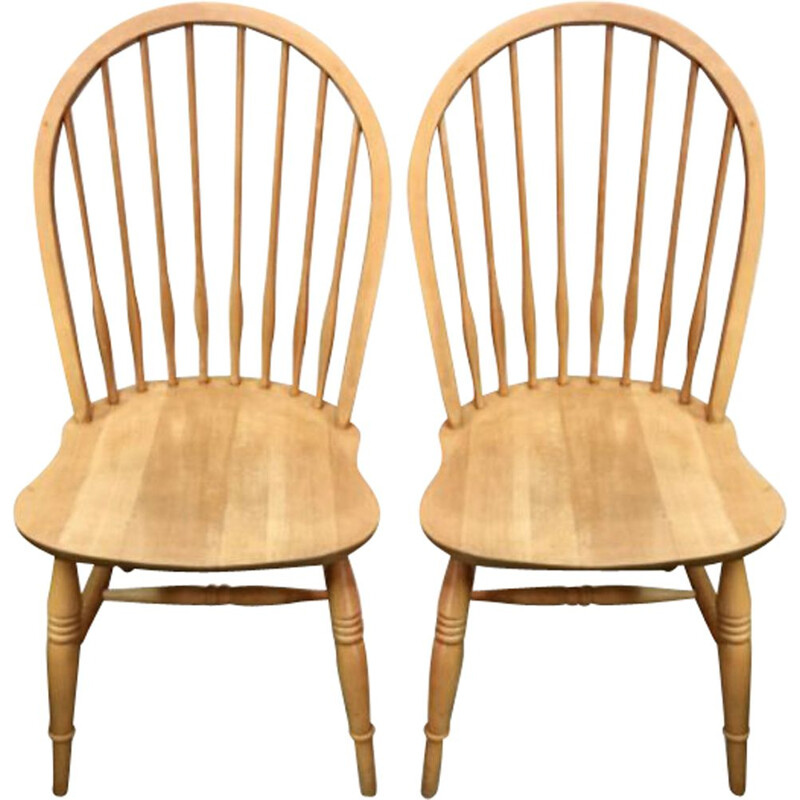 Pair of Scandinavian vintage beech chairs