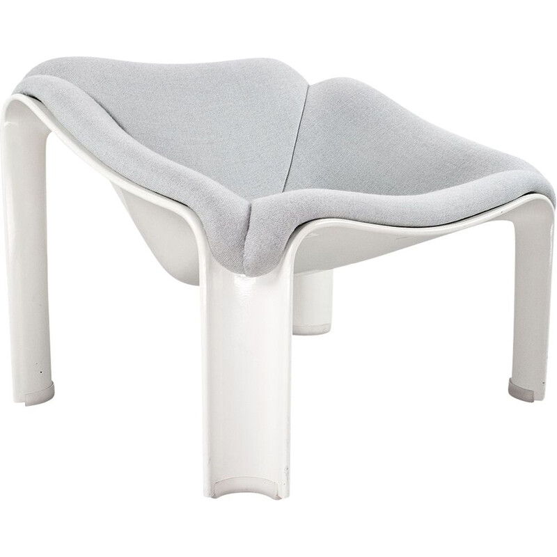 Vintage chair model F300 in white fibreglass Pierre Paulin 1967