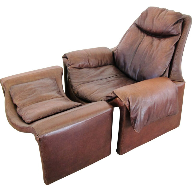 Vintage lounge chair and P62 ottoman brown leather Saporiti P60