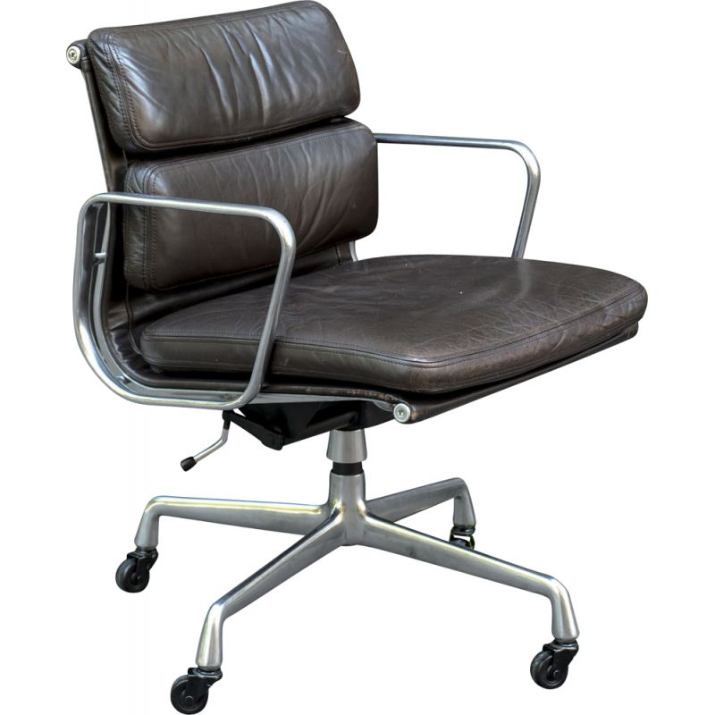 Vintage Soft Pad Armchair EA217 from Charles & Ray Eames - Herman Miller