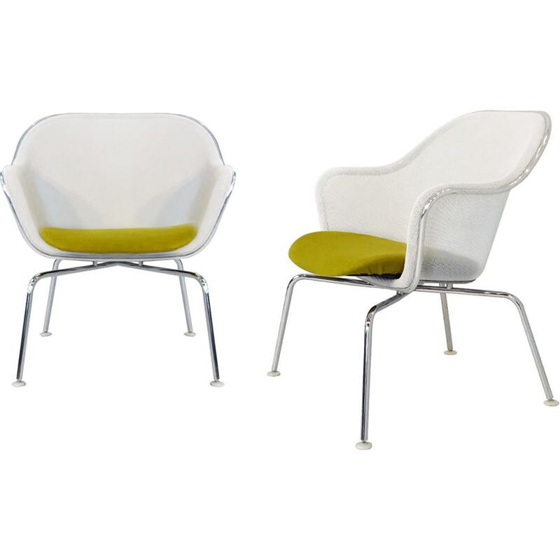Pair of Vintage Iuta side chairs by Antonio Citterio B&B Italia