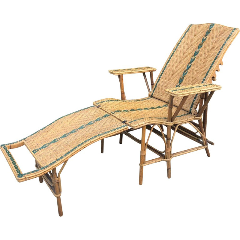Vintage rattan lounge chair 1920