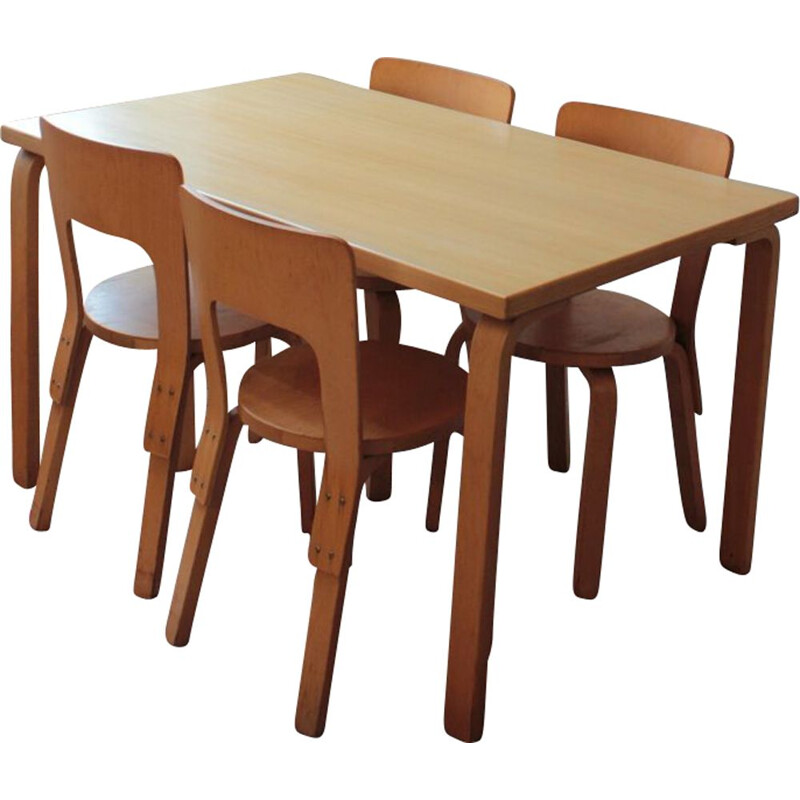 Set of 4 vintage chairs model 66 and 1 dining table Alvar Aalto