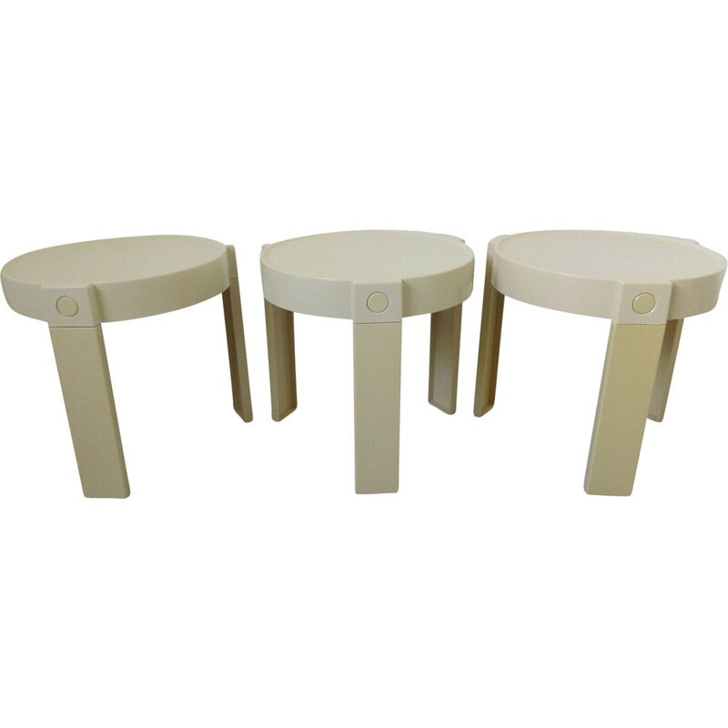 Set of 3 vintage nesting tables in white plastic holland 1970