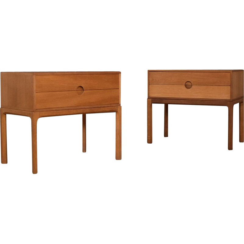 Pair Of vintage Model 384 Oak Nightstands kai Kristiansen For Aksel Kjersgaard