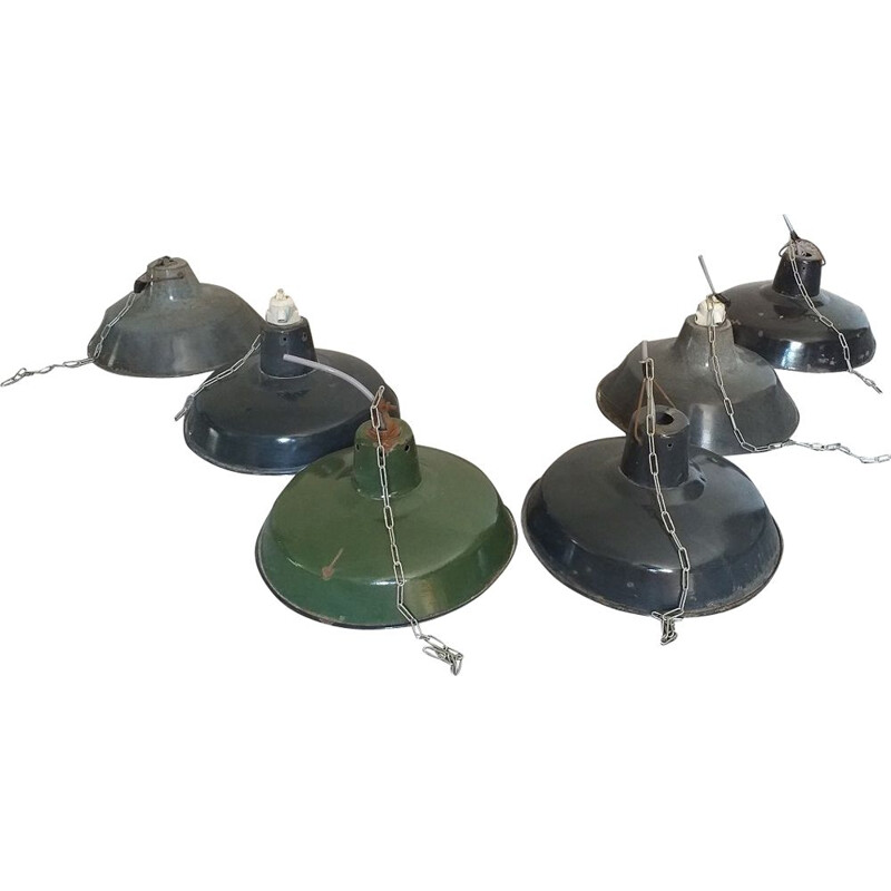 Lot of 6 vintage industrial factory lamps