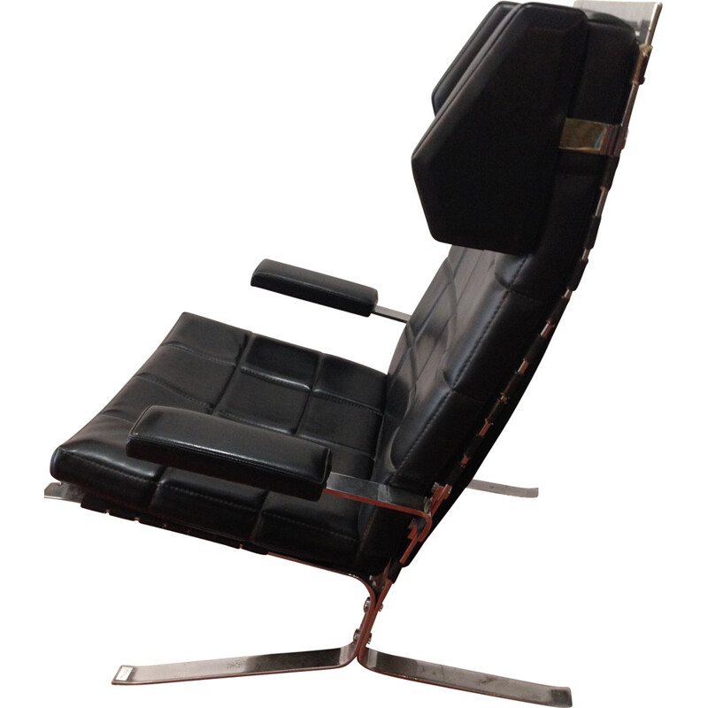 "Airbone ""Joker"" black armchair in leather and chromium, Olivier MOURGUE - 1970s"